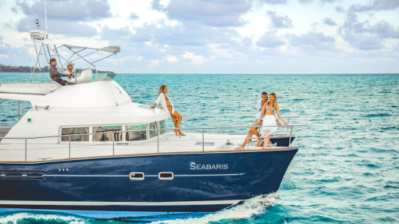 Sailing to Isla Mujeres with luxury